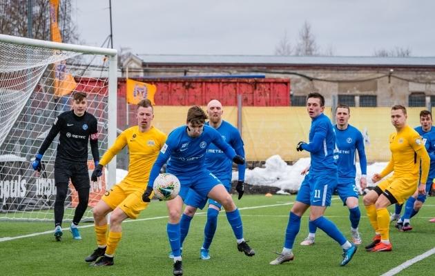 2021. aasta hooaja esimene Tartu Tammeka ja FC Kuressaare vaheline duell lõppes tartlaste 3:1 võiduga. Foto: Allan Mehik
