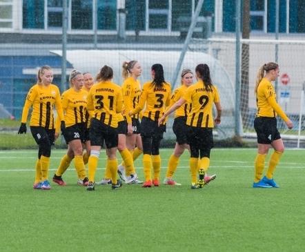 Saarlannade ja Tammiku väravad aitasid Floral Lillemäe naasmismängu võita  (galerii Lootose võidust!)