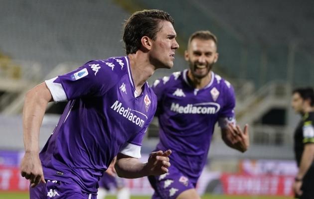 Dušan Vlahovic on kerkinud Serie A üheks kuumemaks väravalööjaks. Foto: Scanpix / La Presse via AP / Marco Bucco