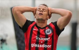 Taas punkte kaotanud Eintracht mängis trumbid Dortmundile
