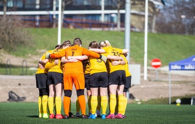 Pärnu Vapruse naiskond pääses esmakordselt karikafinaali. Foto: Jana Pipar / jalgpall.ee