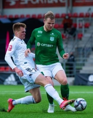 FC Flora keskkaitsja Markkus Seppik (paremal) on end tõestanud kui Premium liiga jaoks küps mängija. Foto: Liisi Troska / jalgpall.ee