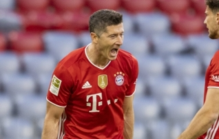 Lewandowski kordas Mülleri 1972. aasta rekordit, Eintracht kaotas Schalkele