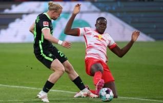 Kaitses kõvem: Liverpool tõi Leipzigist van Dijkile lootustandva paarilise