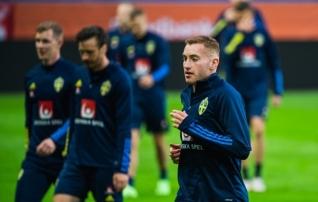Teine koondis koroonaga hädas: Rootsi alustab EM-i ilma Juventuse ässata