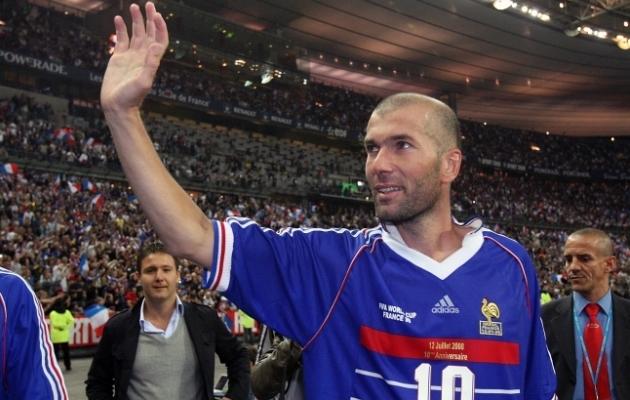Prantsusmaa koondisega kaks aastat varem maailmameistriks tulnud Zinedine Zidane võitis 2000. aastal ka Euroopa meistritiitli. Foto: Scanpix / AFP / Pierre Verdy