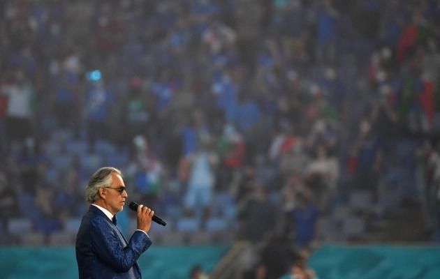 Andrea Bocelli lummas mõneks minutiks kogu Euroopa. Foto: Scanpix / AFP / Monteforte