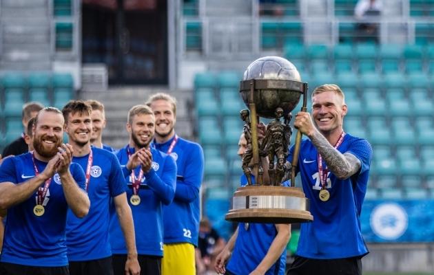 Joonas Tamm (paremal) andis Soccernet.ee-le põneva intervjuu. Foto: Brit Maria Tael