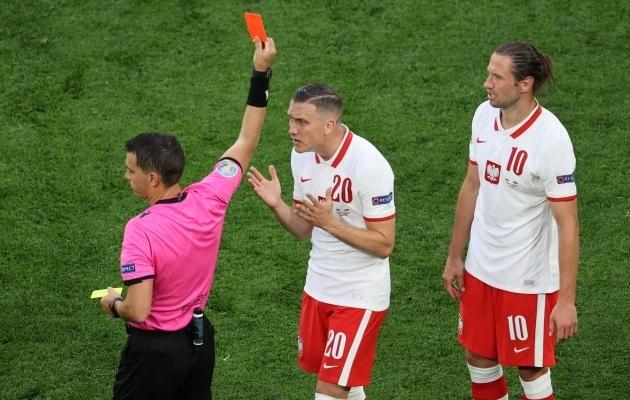 LIVE: Poola alustas EM-i kaotuse ja punase kaardiga  (Hispaania - Rootsi koosseisud)