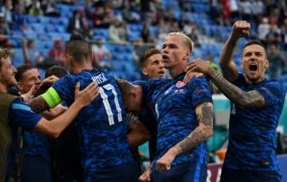 Luup peale | Lewandowski võeti kinni ja Slovakkia kogenud kaardivägi teeb seda taas