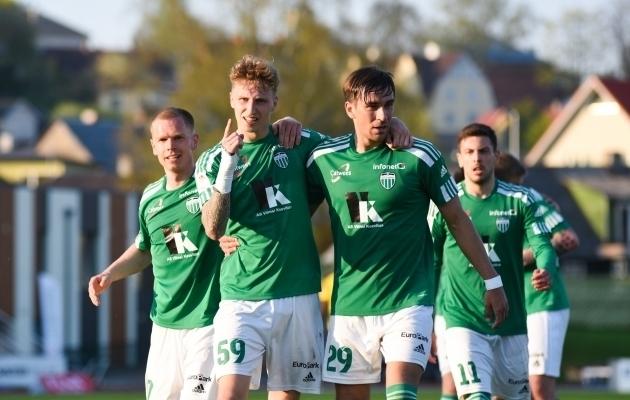 Volodõmõr Bajenko (number 29) mängis Premium liigas 11 mängu. Foto: Liisi Troska / jalgpall.ee