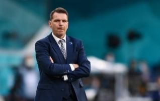 Slovakkia peatreener: suutsime Lewandowski mängust väljas hoida