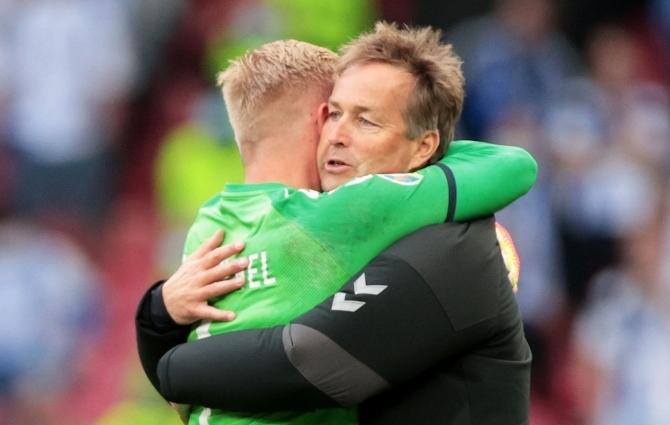 Pisarates Taani peatreener: see õhtu tuletas kõigile meelde, mis on elus kõige olulisem  (koondise arst: saime Christiani tagasi)