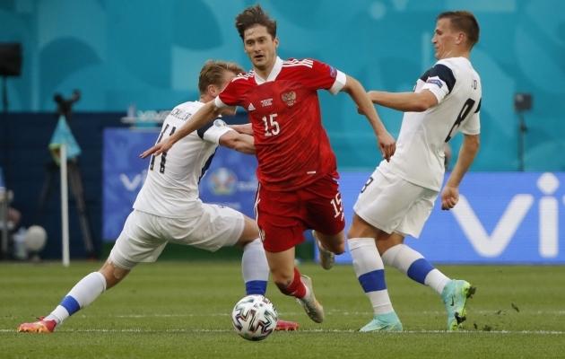 Aleksei Mirantšuki (keskel) kvaliteet oli asi, mis tõi Venemaale mängus Soomega 1:0 võidu. Foto: Scanpix / Reuters / Evgenia Novozhenina
