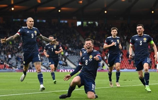 Šotimaa poolkaitsja Callum McGregor tähistab Horvaatiale löödud 1:1 väravat. Foto: Scanpix / AFP / Paul Ellis