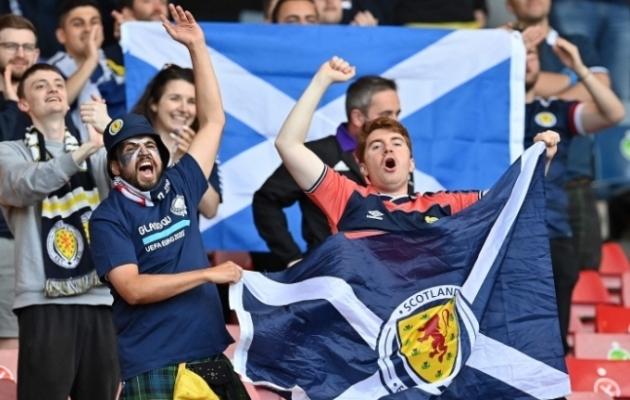 Šotimaa koondise fännid Hampden Parki staadionil. Foto: Scanpix / AFP / Paul Ellis