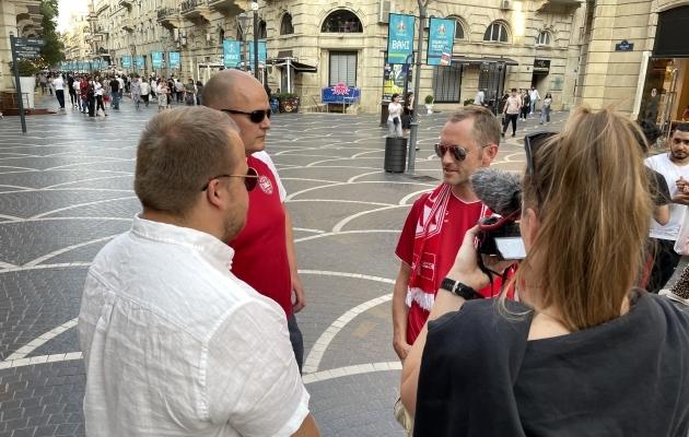 Mõned Taani fännid jõudsid Bakuusse juba mängueelsel päeval. Foto: Jana Pipar
