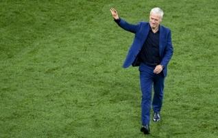 Turniiril põrumine Prantsusmaa alaliitu ei morjenda: Deschamps jääb ametisse