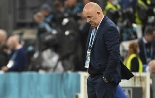 Venemaa jalgpalliliit lõpetas ebaõnnestunud EM-i järel peatreeneriga koostöö