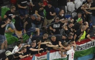 Ungari jalgpalliliit sai fännide kohatu käitumise tõttu karistada