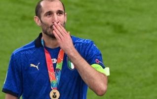 Chiellini tänas mälupilti Cannavaro triumfist ja võrdles Donnarummat legendiga