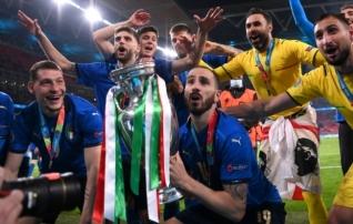 Turniiri sümboolsesse koosseisu mahtus viis itaallast