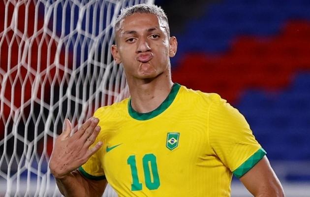 Richarlisoni kolm väravat tüürisid Brasiilia võidule. Foto: Scanpix / Phil Noble / Reuters