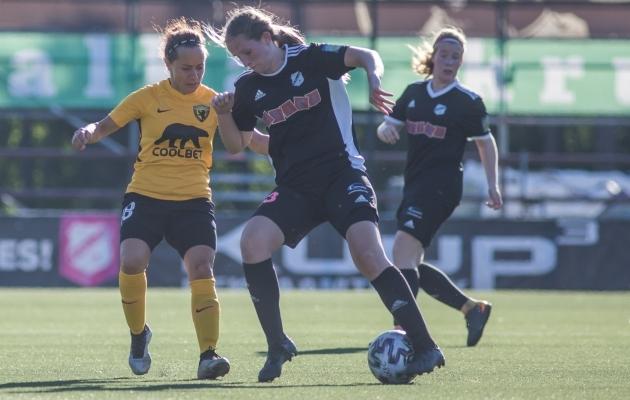 Heidi Melis (palliga). Foto: Jana Pipar / jalgpall.ee