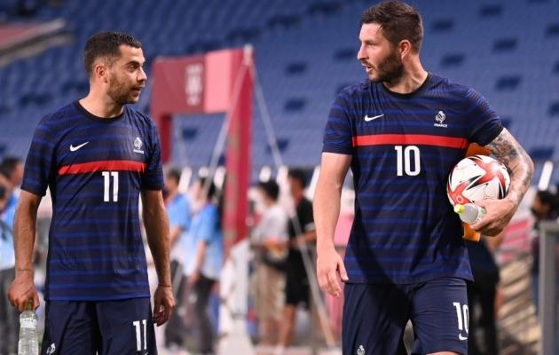 Andre-Pierre Gignac (paremal) lõi täna kolm väravat. Foto: Scanpix / Kazuhiro Nogi / AFP