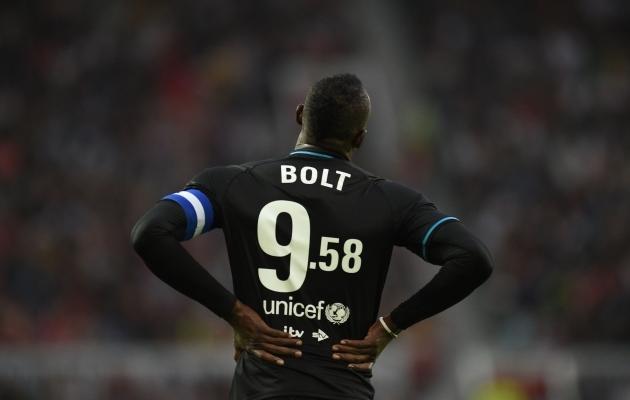 Nii lihtne see ongi: Usain Bolt on tänasest alates ka Aston Villa fänn!