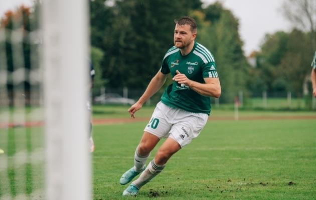 Hannes Anier realiseeris FCI Levadia 3:0 võidumängus Paide Linnameeskonna üle penalti. Foto: Liisi Troska / jalgpall.ee