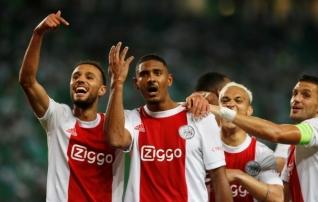 Loom pääses puurist: eurodebüüti ülekohtuselt kaua oodanud Ajaxi ründaja kordas van Basteni rekordit