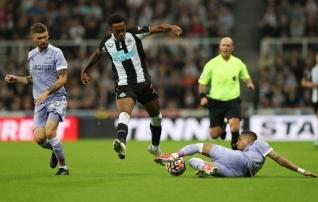 Leeds ja Newcastle hoolitsesid selle eest, et kumbki esimest võitu ei saaks