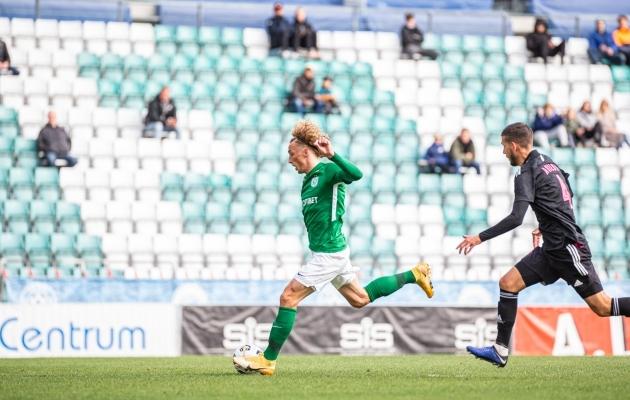 Nii lõi Rauno Alliku oma karjääri 100. Premium liiga värava. Foto: Jana Pipar / jalgpall.ee