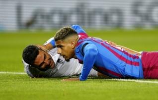 Keskkaitsja päästis 88 minutit kaotusseisus olnud Barcelona suurest häbist, aga Koemani jalgealune kõigub ikkagi