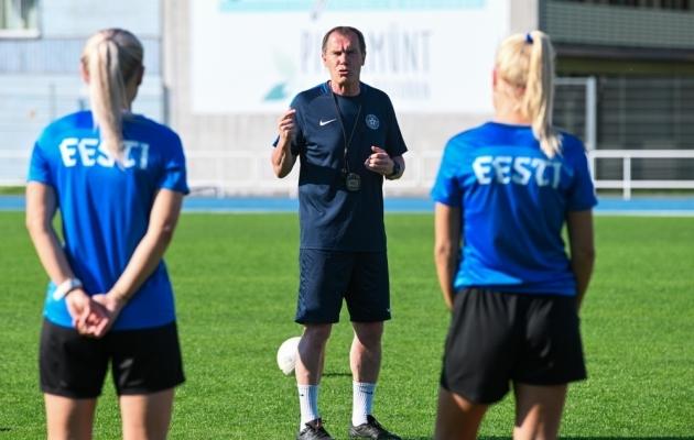 Eesti naiste koondise peatreener Jarmo Matikainen. Foto: Liisi Troska / jalgpall.ee