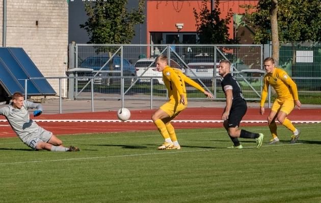 Markus Allast (number 3) mängus Pärnu Vapruse vastu. Foto: Allan Mehik