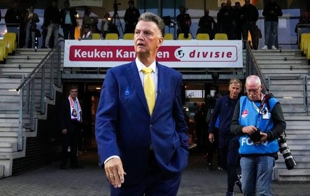 Louis van Gaal eilse mängu eel. Foto: Scanpix / Ed van de Pol / ANP / AFP