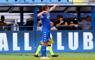 Esiliiga meister hullab esikümnes, Vlahovic kordas Serbia jalgpalli ajalugu ja Berardi on endiselt Sassuolo legend