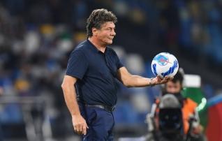 Cagliari ajas uue treeneri sünnipäevatordi vahetult enne küünalde puhumist kummuli