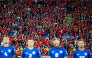 A. Le Coq Arenale reisib 1500 Walesi poolehoidjat