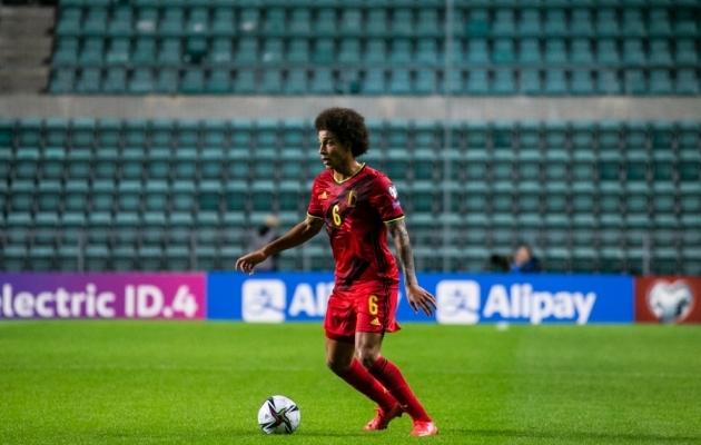Dortmundi Twitteri-admin kasvatas Witseli juuksed loetud minutitega mitu korda pikemaks!