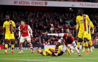 Vahetusest sekkunud Lacazette päästis taaskord hätta sattunud Arsenalile viiendal üleminutil punkti