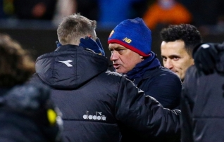 Norras kolaka saanud Mourinho võib viis mängijat karistuseks tribüünile jätta